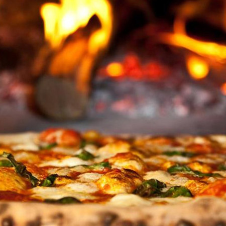Card woodfire oven pizza