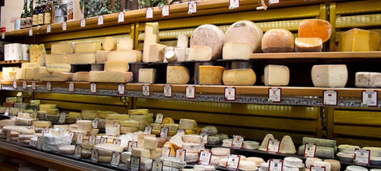 Hero slide androuet cheese shop paris
